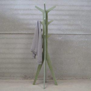 Perchero Ejes verde hidrófugo